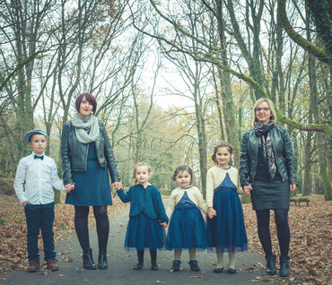 Jessie, Pauline, Elodie et leurs enfants